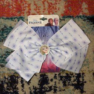 🛍5 for $25 item!🛍 Frozen II Hair Bow - Elsa
